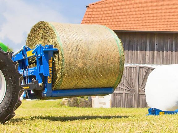 The BTGHY is designed for the transport and stacking of wrapped or unwrapped round bales.