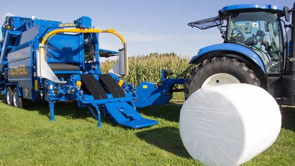 If the tipper is deactivated, the bale will, by default, be unrolled towards the front.