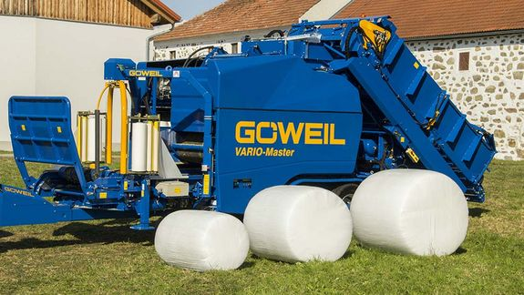 The variable baler is capable of compressing bales with a diameter between 0.8 m - 1.4 m.