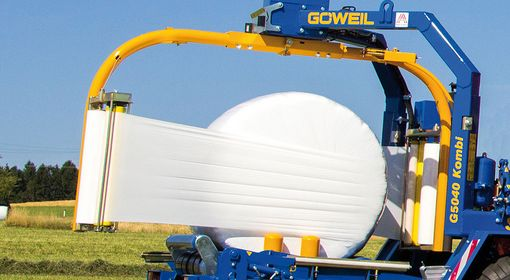 The twin wrapping arm wraps the bale in no time at all.