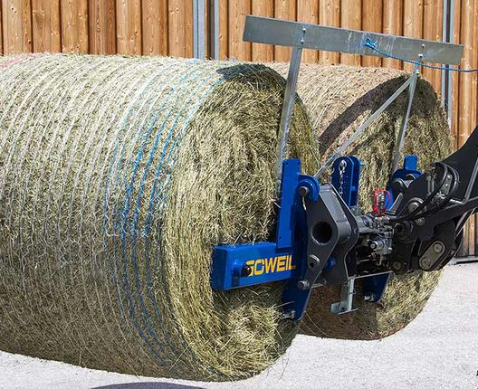 The TDD transports not one, but two round bales with perfect ease.