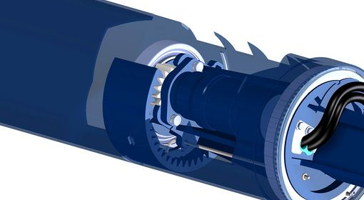 The hydraulic motors are mounted on the inside of the rollers.